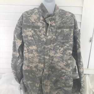 Other - Military tactical fatigue sz S Long button front s